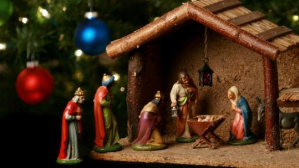 to the bench by president obama says the public transit authority in washington dc has the right to ban religious themed christmas advertisements - Day After Christmas Ads
