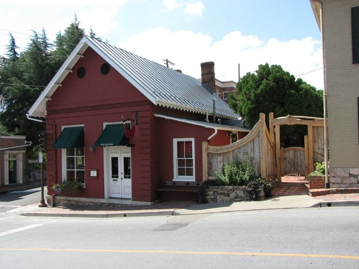 Red Hen Owner Says She Would Throw Sarah Sanders Out Again | Todd Starnes